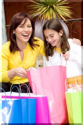 Шопинг с дочерью-подростком